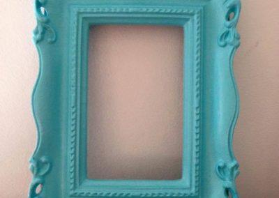 cornice azzurra dipinta